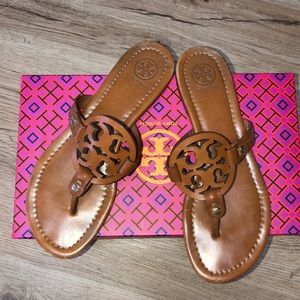 Tory Burch Brown Millers! Size 7.5 EUC